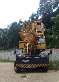 XJCM RT QRY30A 2013 30 ton. - pouco uso - SUPER NOVO