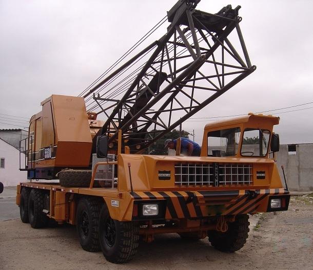 AMERICAN 5530 - 75 ton. - treliça sobre pneus