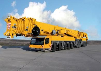 LIEBHERR LTM 11200 9.1 2010 - 1200 ton.