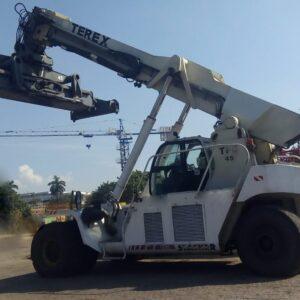 REACH STACKER TEREX TFC45R 2005 45 ton. - super nova - baixou preço