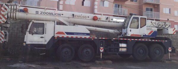 ZOOMLION ZMC60 2013 60 ton. - supernovo-pouco uso