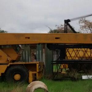 Guindaste Lorain LRT-18U - ano 1976 - 18 ton