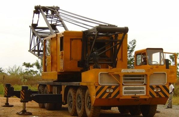 Lorain MC8150 - 1976 - Capac. 150 ton. - 5 eixos